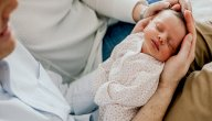 هل تؤثر الولادة الطبيعية على نمو الدماغ ووظائفه