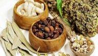 علاج النقرس بالأعشاب: حقيقة أم خرافة قد تضرك؟
