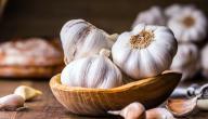 علاج الشوكة العظمية بالثوم: حقيقة أم خرافة قد تضرك؟