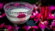 فوائد النشا وماء الورد للجسم