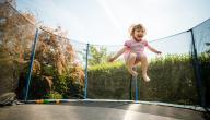 فوائد ومخاطر رياضة الترامبولين