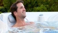 العلاج بالماء الساخن: ما المقصود به؟ وما رأي العلم في ذلك؟