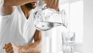 طرق علاج المعدة بالماء: ما بين الخرافات والحقائق