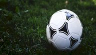 كيفية تعليم كرة القدم للصغار