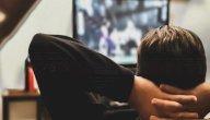 هل مشاهدة المسلسلات في نهار رمضان تفسد الصيام