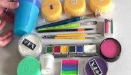 أضرار الرسم على وجوه الأطفال بالألوان
