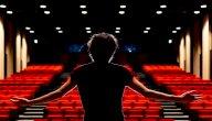ستيفن يون (Steven Yeun): سيرة حياته وأعماله