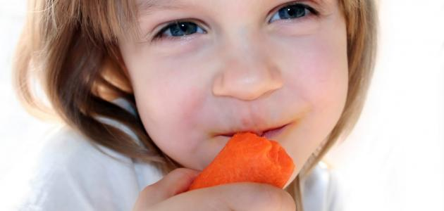 المكافآت الرمزية تشجع الأطفال على تناول الخضروات