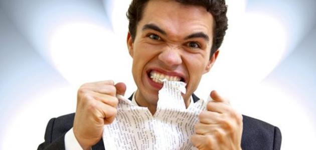 طرق سهلة لتحسين مزاجك في العمل