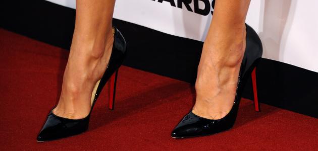 أسباب تمنعك من ارتداء أحذية الكعب العالي