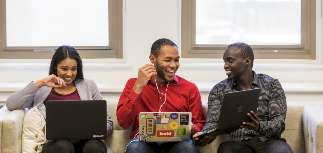 نصائح لتكوين صداقات في بيئة العمل