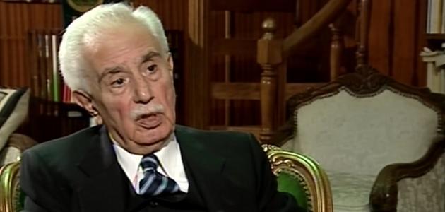من هو ناصر الدين الأسد