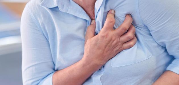 أعراض ومضاعفات التهاب العضلة القلبية