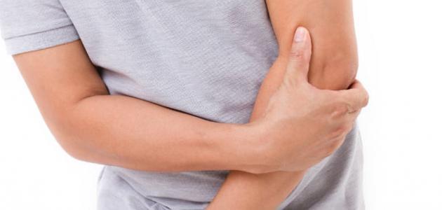 ما هي أعراض مرض تصلب المفاصل؟