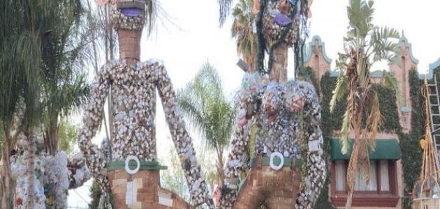 فكرة إعادة تدوير النفايات و تحويلها إلى أعمال فنية