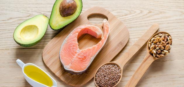 ما هو الفرق بين الدهون المشبعة والدهون غير المشبعة