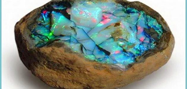 ما هو حجر الأوبال ؟