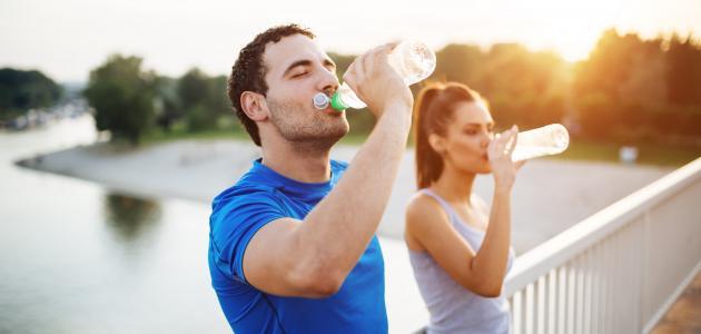 أهمية شرب الماء في الصباح