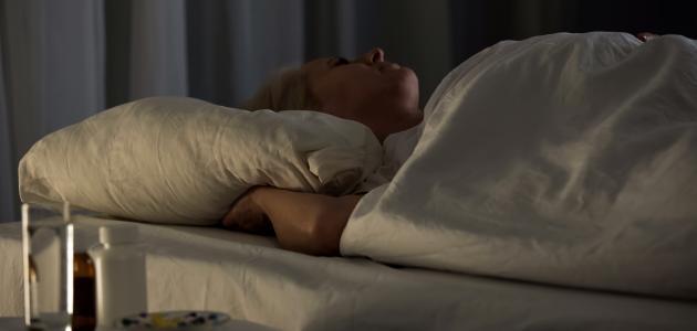 ما هو شلل النوم أسبابه وعلاجه