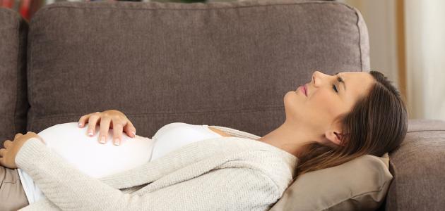 الأعراض الشائعة في الشهر السابع من الحمل