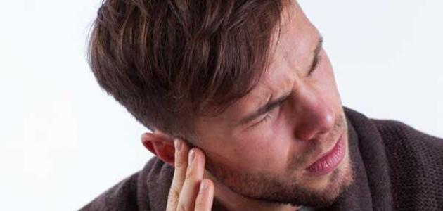 اعراض التهاب الأذن الوسطى
