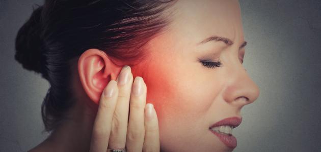 أعراض التهاب الأذن الوسطى