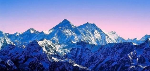 أين تقع جبال الهملايا