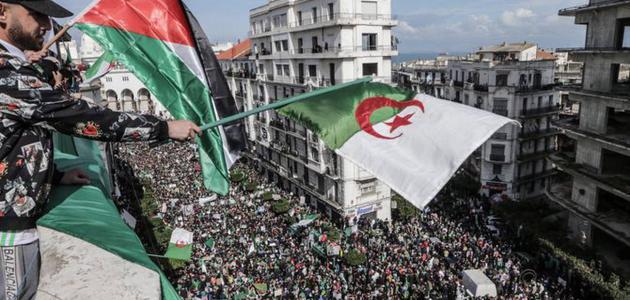 لماذا سميت الجزائر بلد المليون شهيد