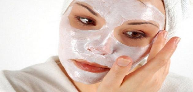 فوائد غسل الوجه بالحليب