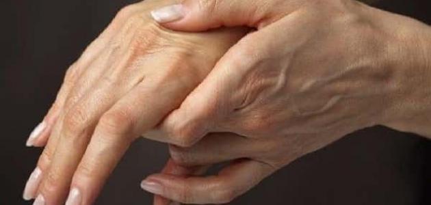 تطور مقلد الصوت والحركة خطر احتيقان الدم نتيجة الضغط على اليد Comertinsaat Com