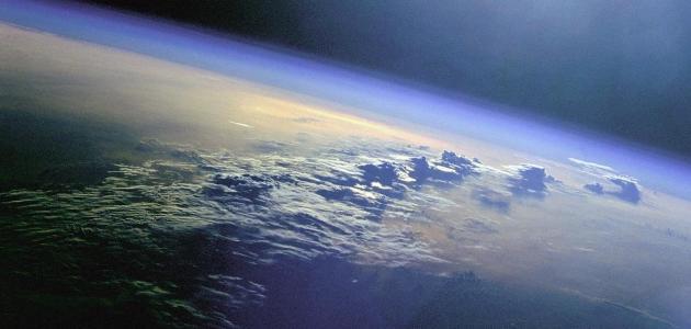 ما هي طبقات الغلاف الجوي