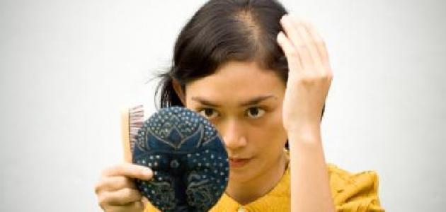 العلاقة بين نقص فيتامين د وتساقط الشعر