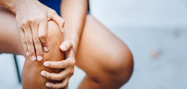 علاج الكدمات في الساق