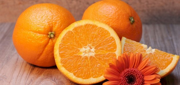 فوائد البرتقال للجنس: فوائد مزعومة أم صحيحة علميًّا؟