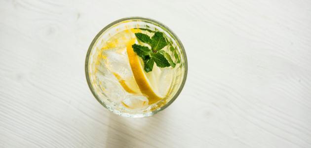 فوائد عصير الليمون بالنعناع للجنس: فوائد مزعومة أم صحيحة علميًّا؟