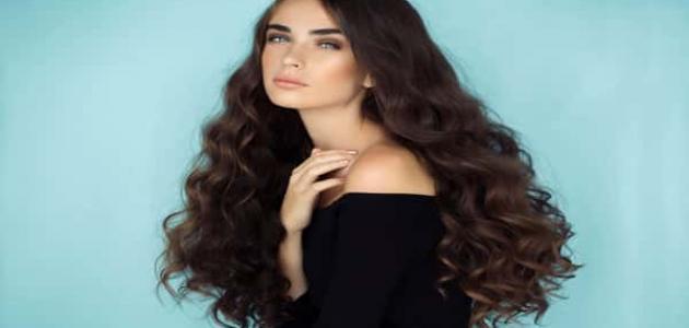 طريقة تصفيف الشعر المجعد