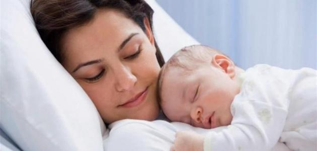 أفضل وضعية لنوم الرضيع