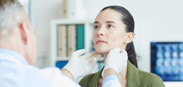 علاج سرطان الغدة الدرقية باليود المشع