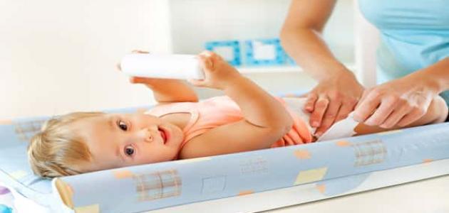 عدد مرات التبرز للطفل الرضيع