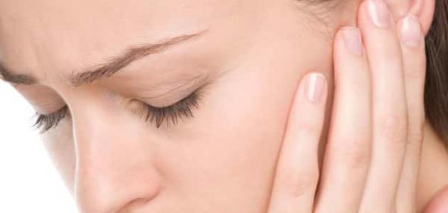 علاج طنين الأذن اليسرى