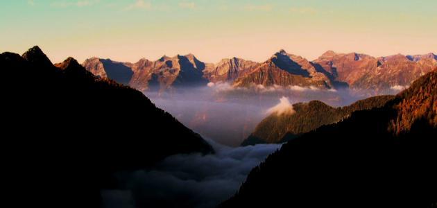 ما هي ظاهرة نسيم الجبل ونسيم الوادي