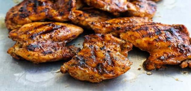 كيف تحضرين الدجاج المشوي بأشهى التوابل