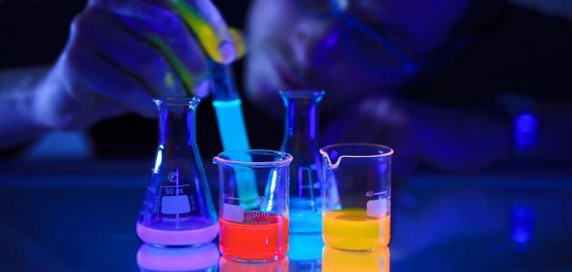 تصنيف التفاعلات الكيميائية
