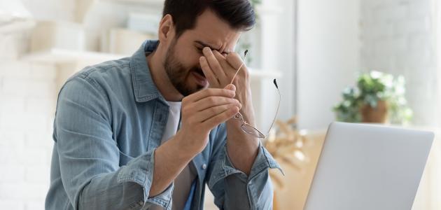 التهاب العين أسبابه وطرق علاجه