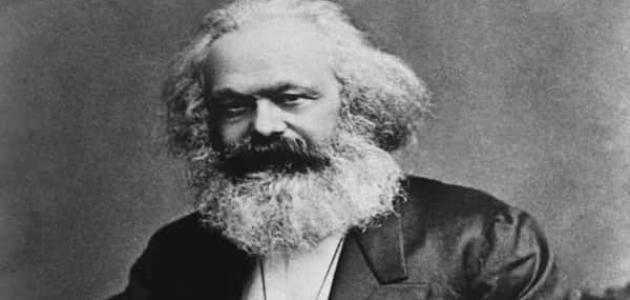 معلومات عن كارل ماركس