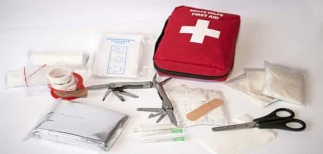 محتويات حقيبة الإسعافات الأولية