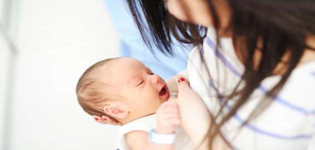 علاج ألم الحلمتين أثناء الرضاعة