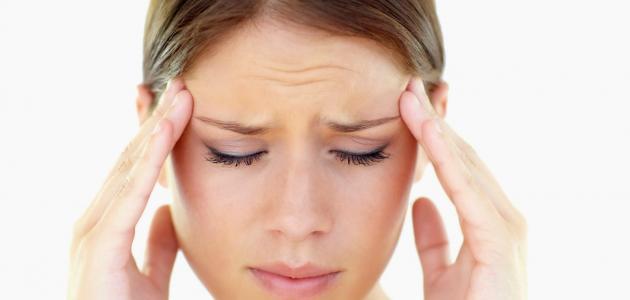 أعراض التهاب الأوعية الدموية في الرأس