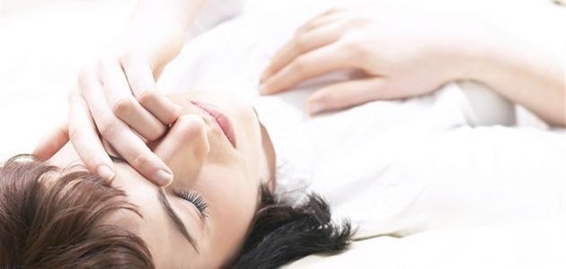 أسباب انقطاع التنفس أثناء النوم