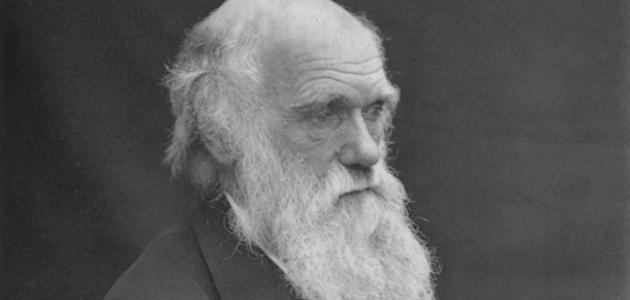 من هو مؤسس نظرية التطور